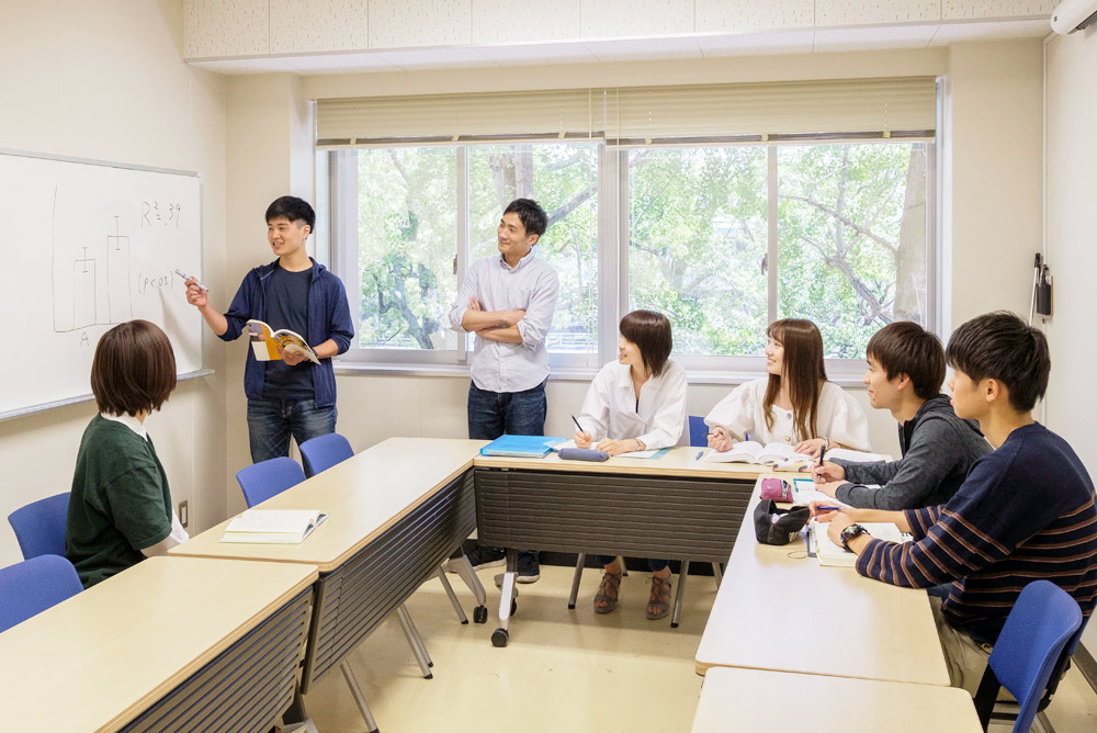 心理学コース   鹿児島大学法文学部